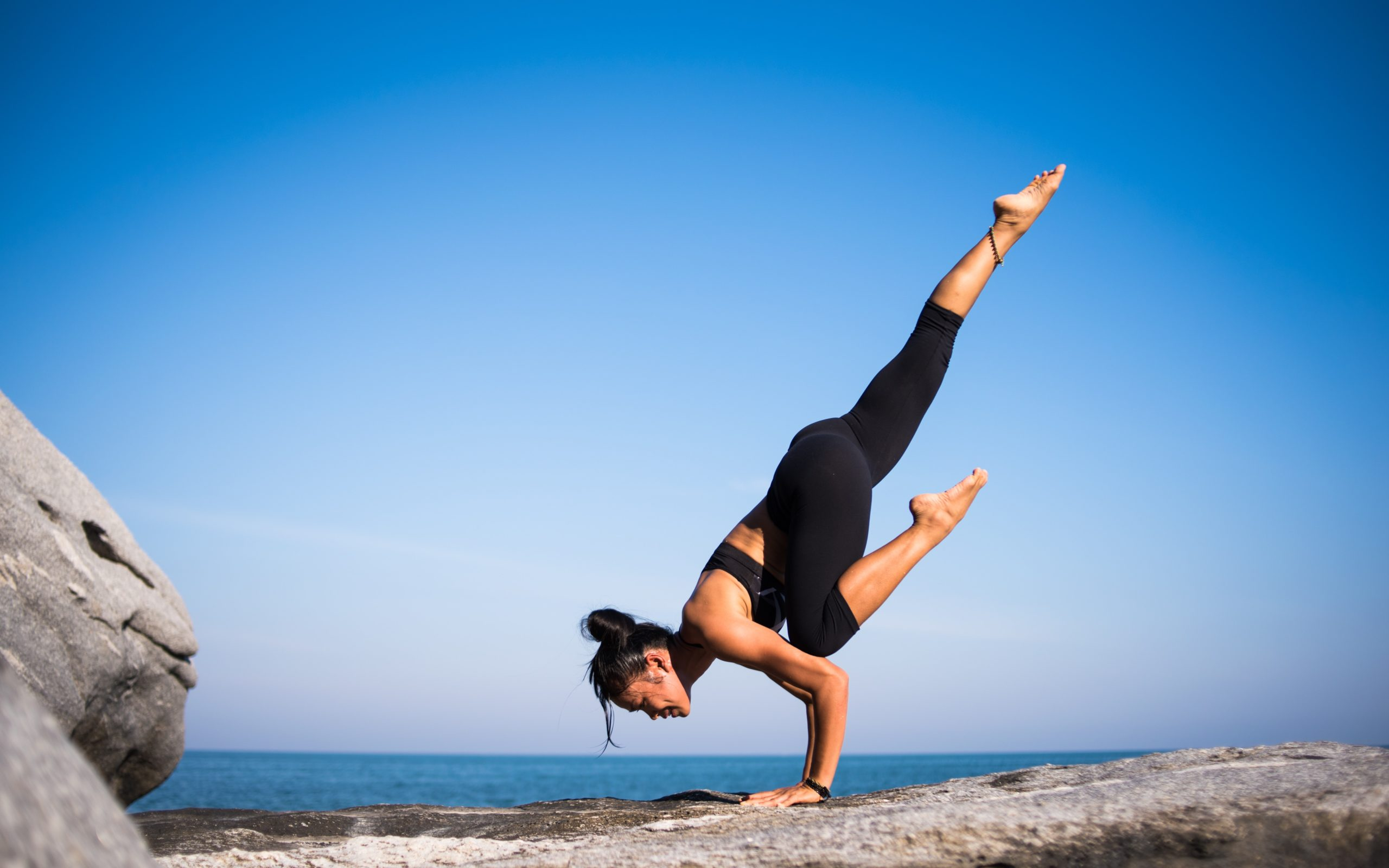 balance-beach-exercise